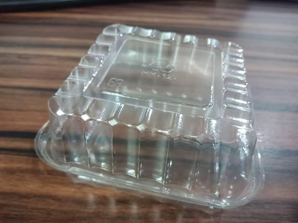 Hộp nhựa hình vuông